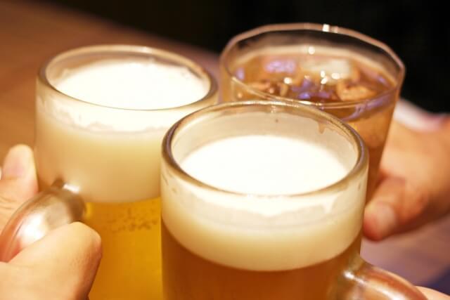 ビールを乾杯