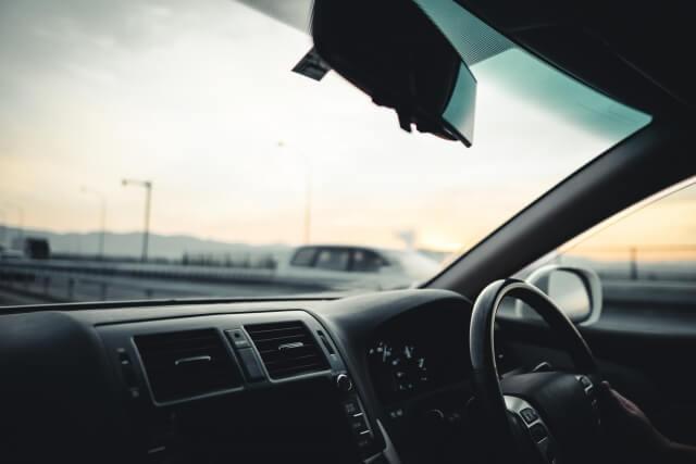 運転中の助手席
