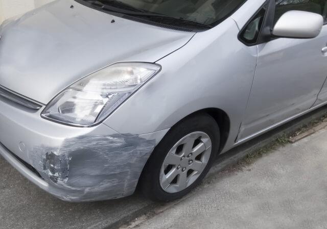 キズがついた車